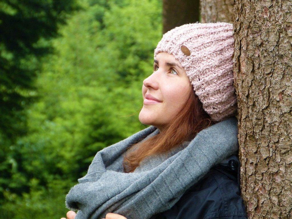 Deze 8 tips helpen te je ontspannen in coronatijd.